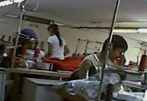 Exclusivo BBC: los refugiados sirios que son explotados en fábricas de Turquía que producen para famosas marcas de ropa