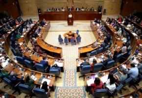 La Asamblea de Madrid pide ilegalizar a los partidos independentistas