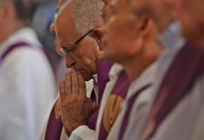 España ya tiene más ateos o no creyentes que católicos practicantes